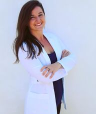 Book an Appointment with Dr. Lynsi Lewis for Acupuncture and Herbal Medicine